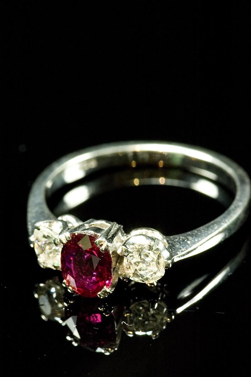 61556-ruby-dia-3-stone-001