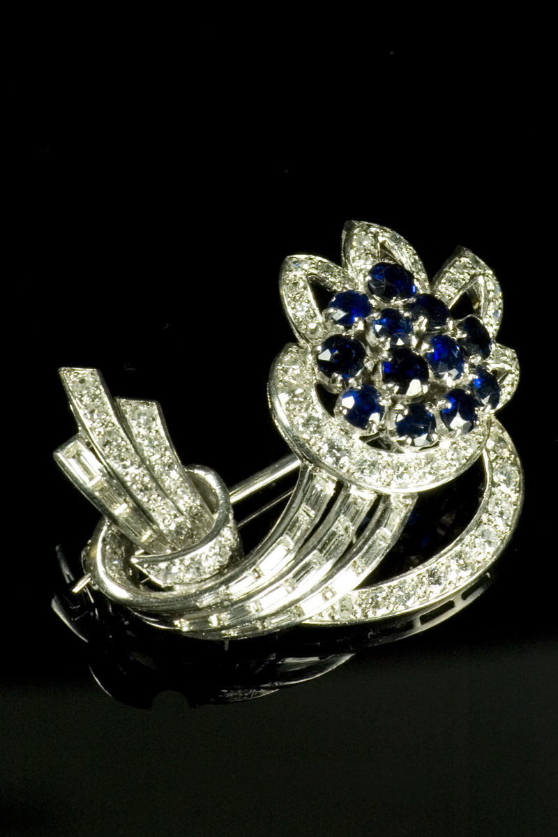 c448-sapphire-and-diamond-floral-spray-brooch-001