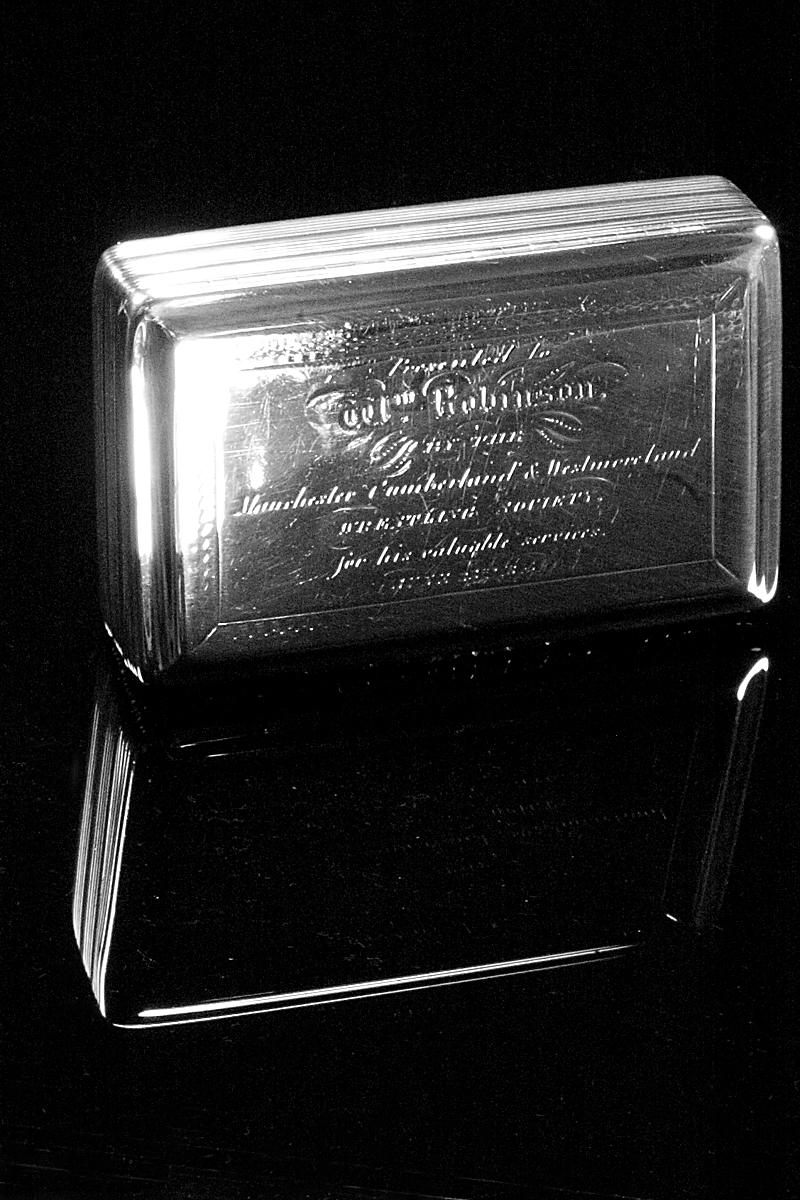 e852-snuff-box-001