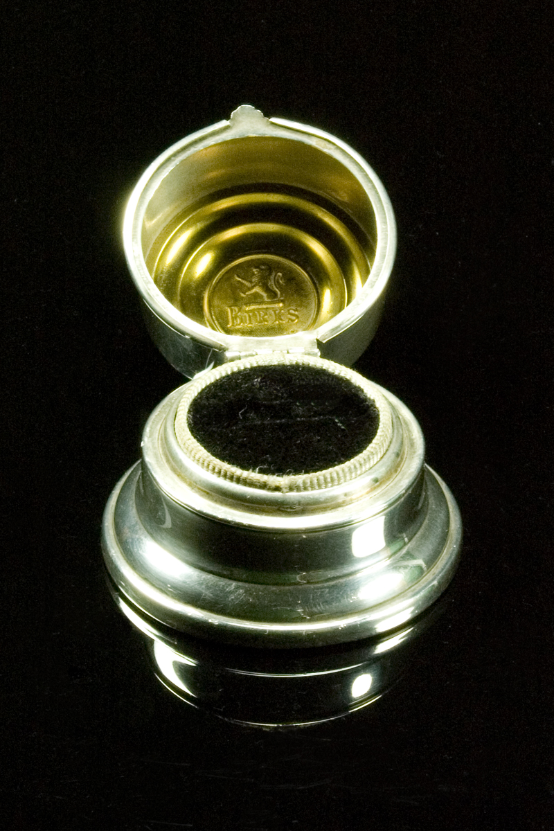 ns7-birks-ring-box-001
