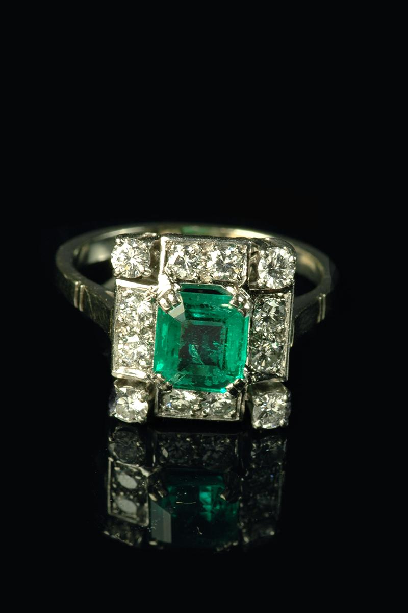 emerlad and diamond ring1