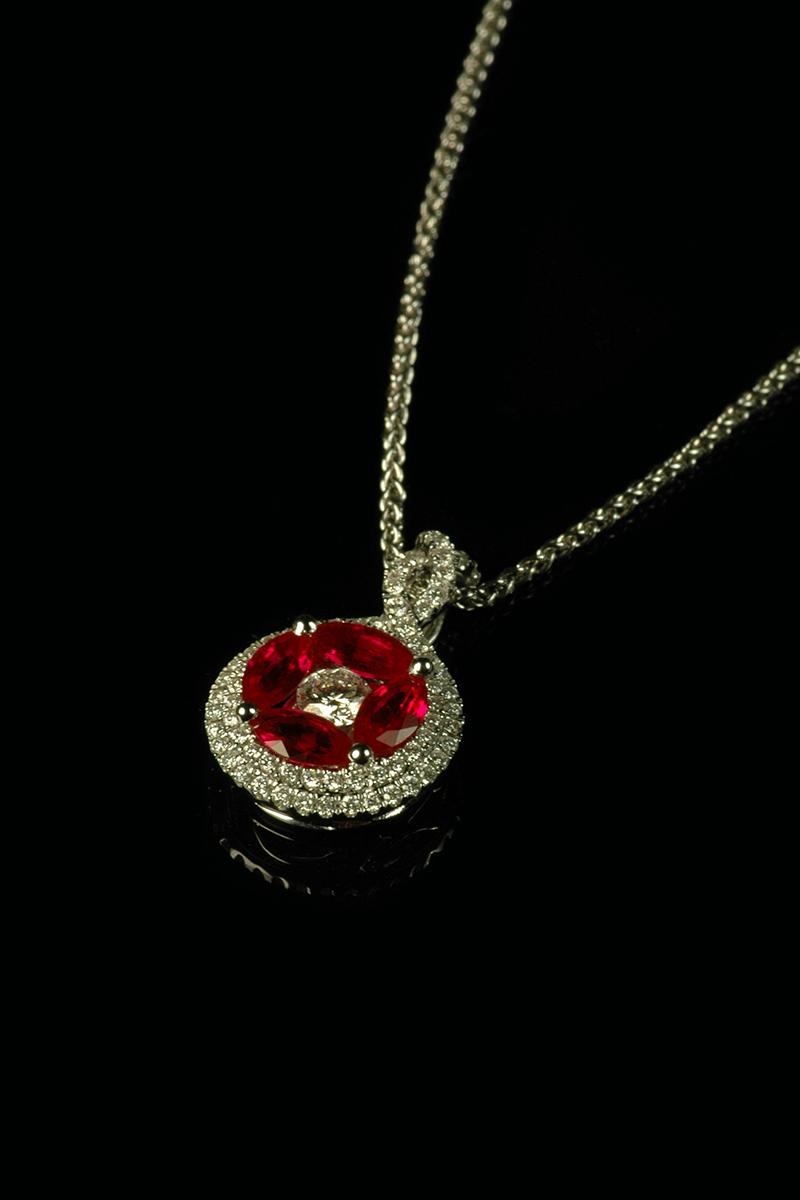 rubyanddiamondpendant2