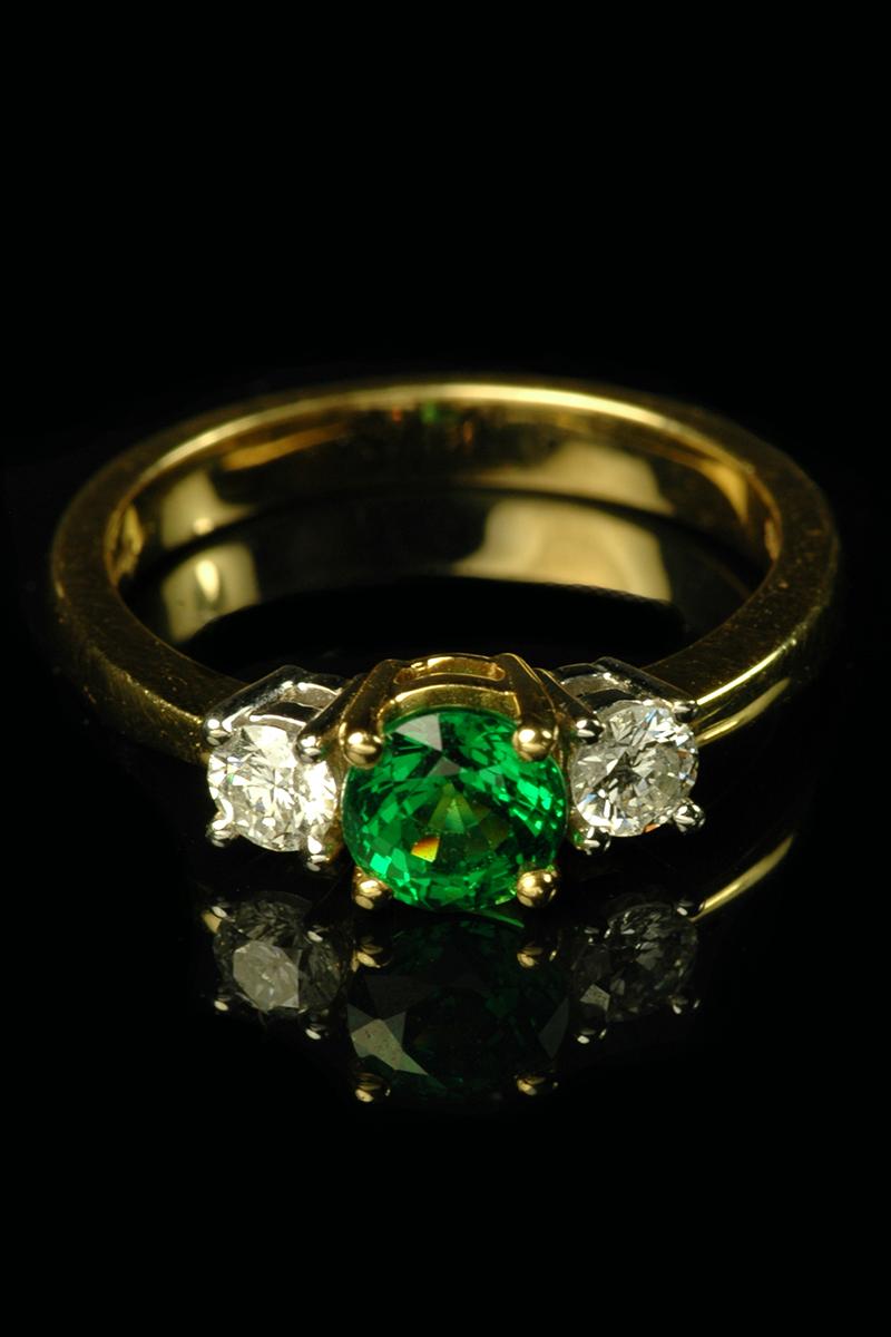 tsavorite and diamond 3 stone ring3
