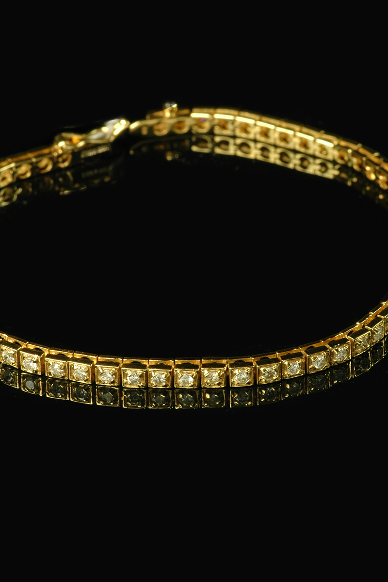 yellow gold diamond line bracelet 3