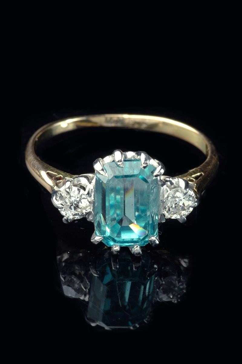 blue-zircon-diamond-ring1