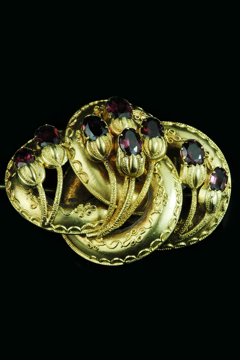 multi-garnet-brooch1