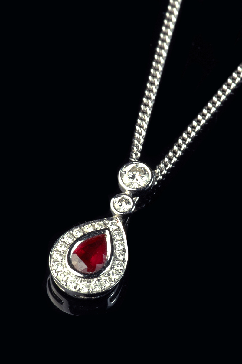 pear-ruby-diamond-pendant1