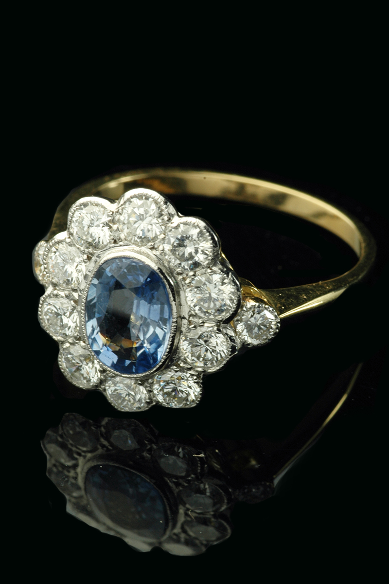 sapphire-diamond-cluster-ring1