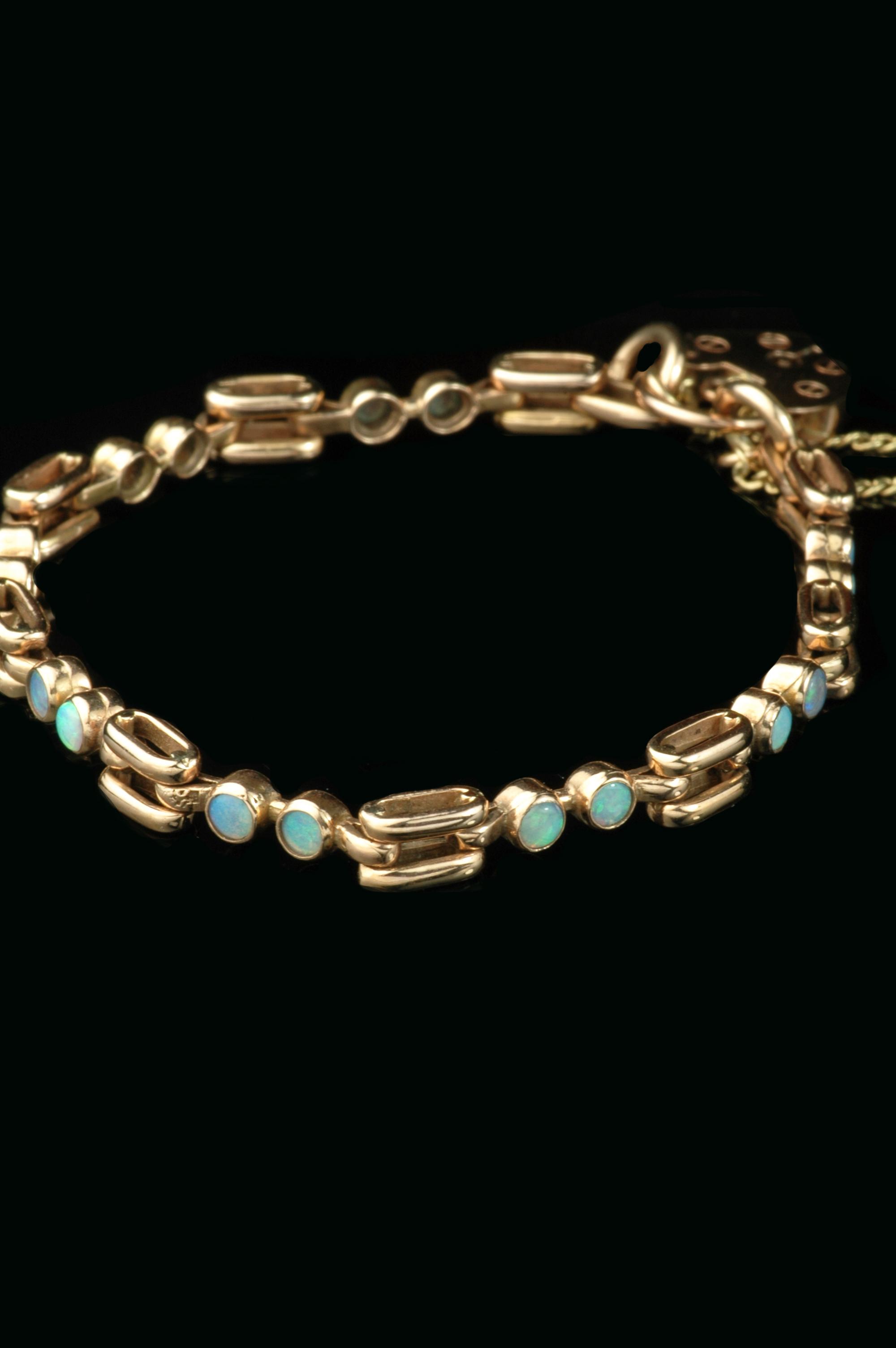 rose gold-opal-bracelet2