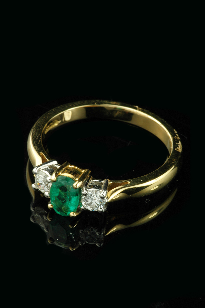emerald diamond ring2