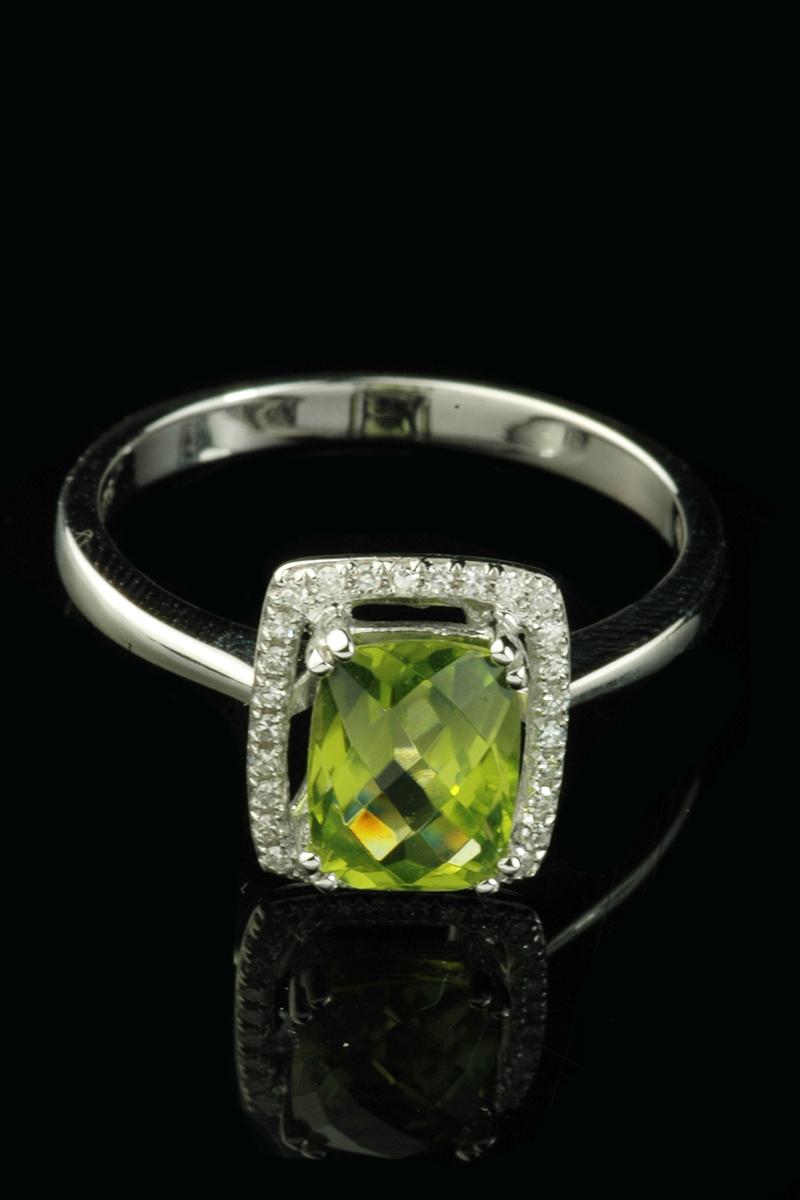 peridot diamond cluster1