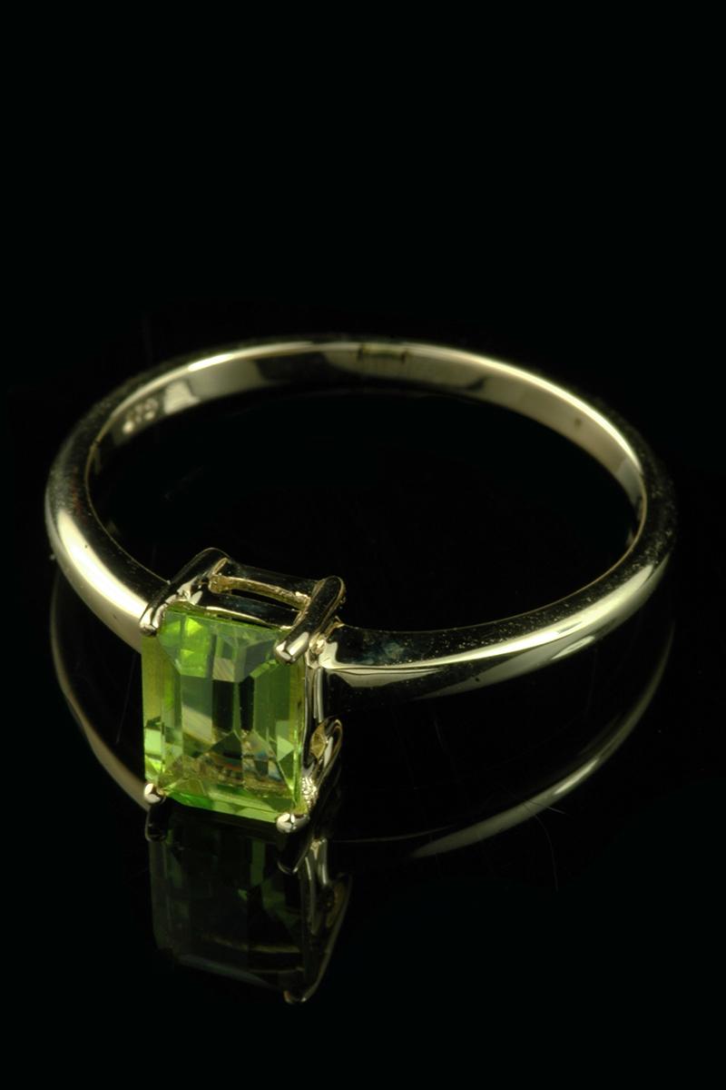 peridot ring2
