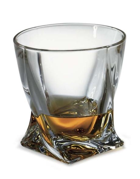 d244-g-quadro-whisky-glasses-only