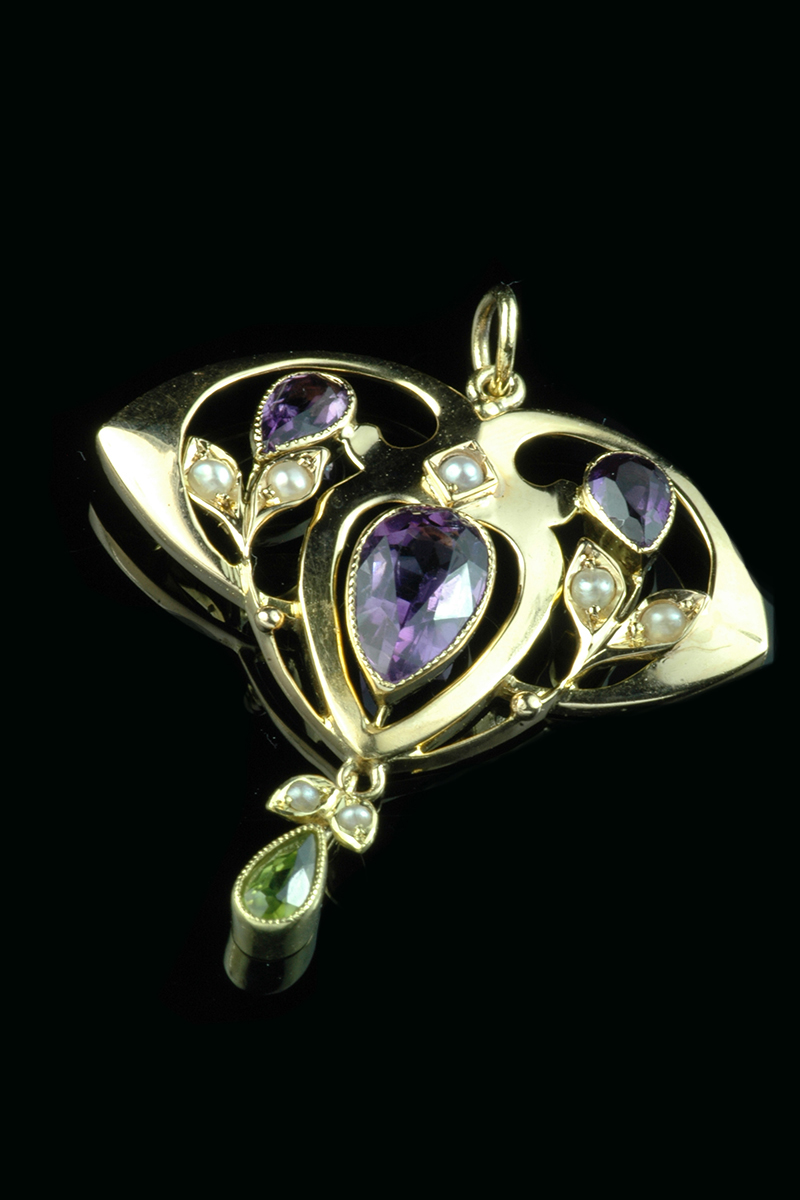 5c8e32b7317542 Lovely 9ct yellow gold Amethyst, Peridot and seed pearl Suffragette pendant  | Goodwins Antiques